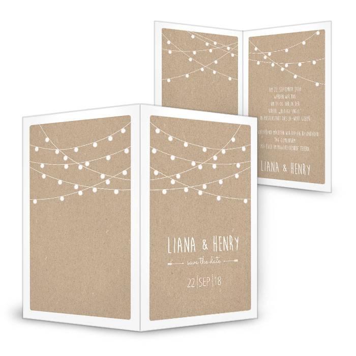 Hochzeitseinladung mit weißen Lampions im Packpapierdesign ...