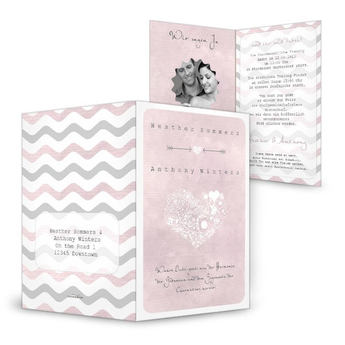 Hochzeitseinladung mit Chevron Muster in Rosa und Herz