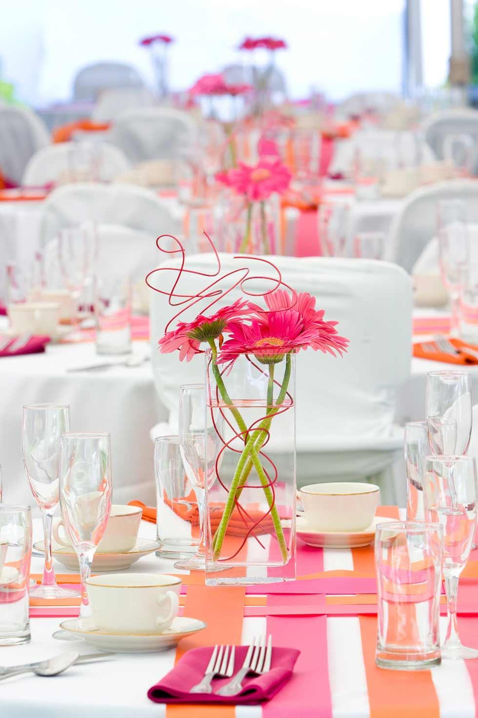 40127161---Wedding-Tables-©-Eric-Limon---Fotolia