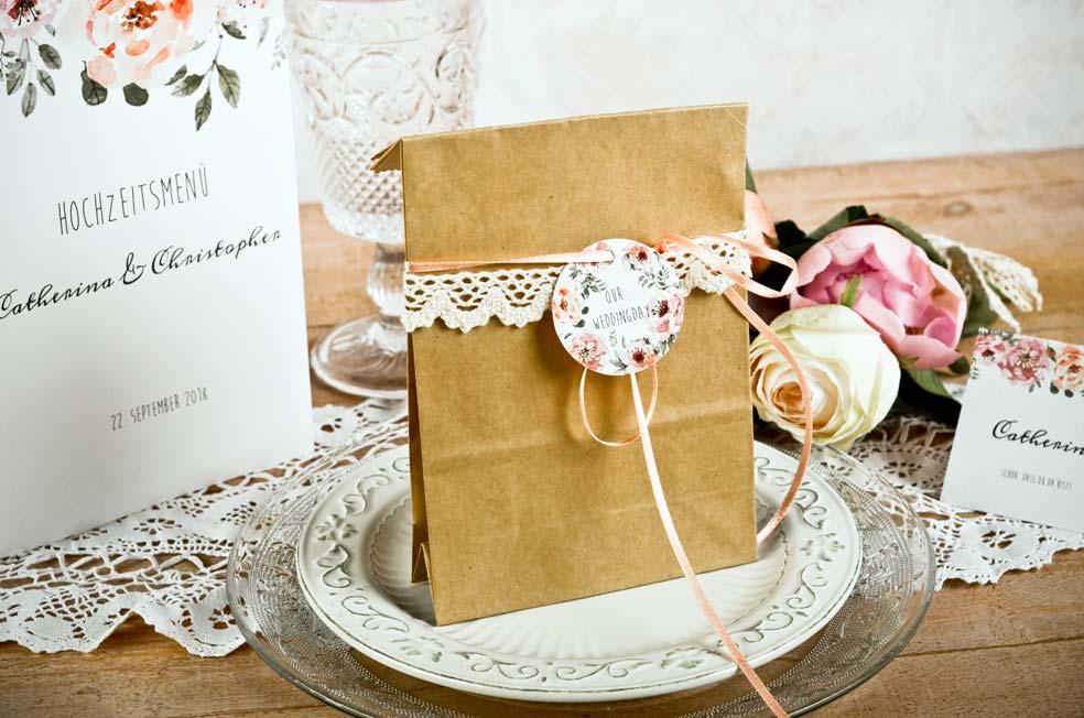 Gastgeschenke und Geschenke mit Klöppelspitze Spitzenband individualisieren