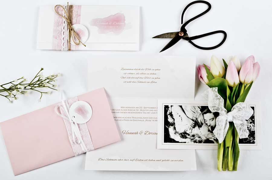 Einladung Wickelfalzkarte mit Wasserfarbe Rosa - carinokarten