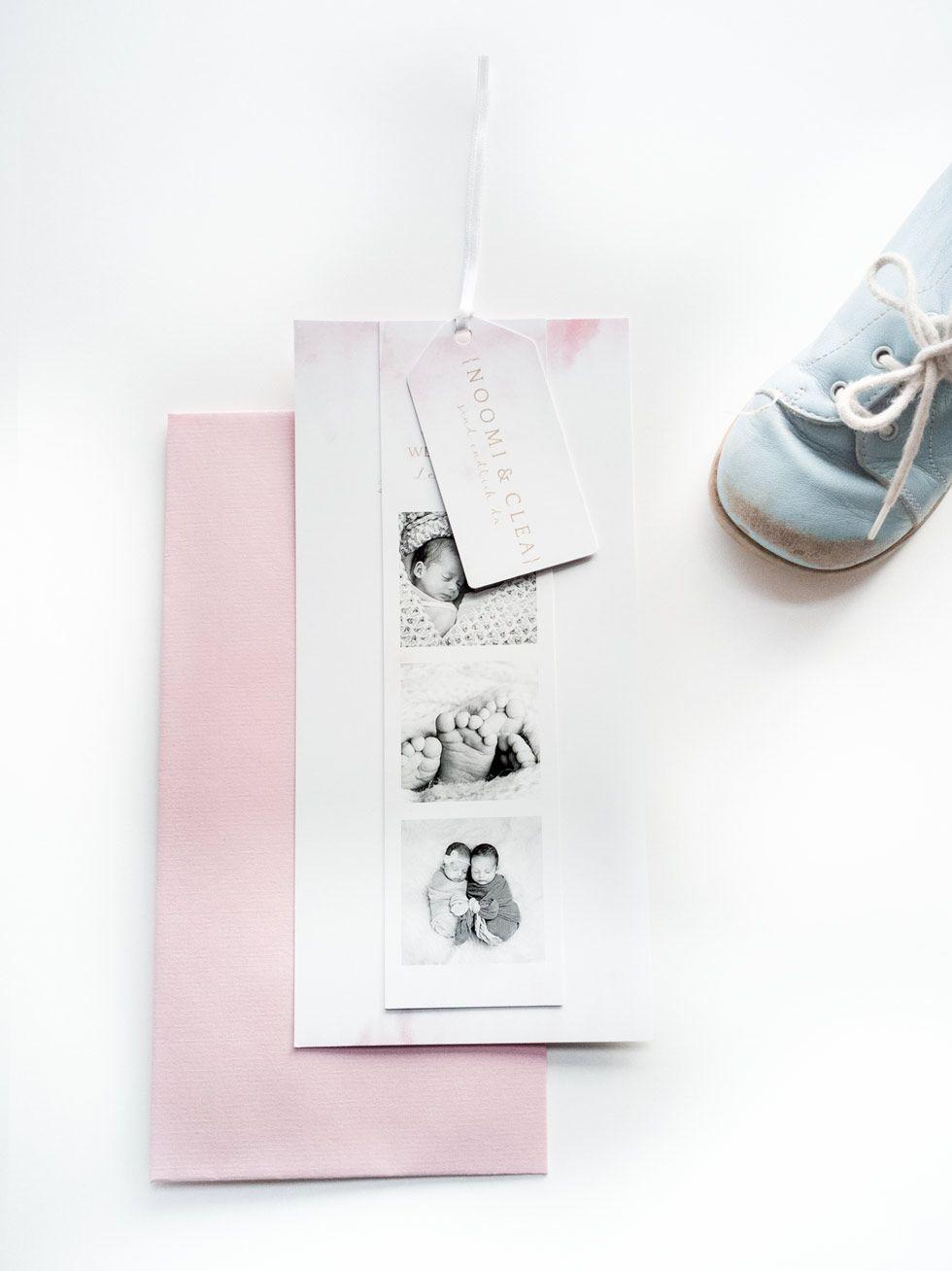 Geburtskarte für Zwillinge mit Fotostreifen in rosa
