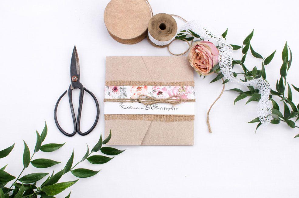 Pocketfold Hochzeitseinladung in Kraftpapieroptik mit Aquarellblumen Catherina und Christopher- carinokarten