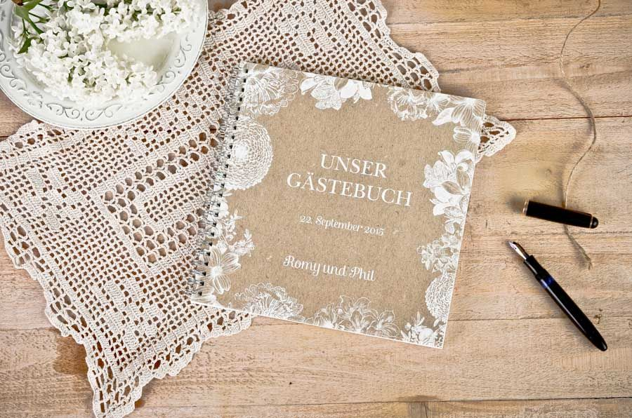 Stellen Sie Sich Einfach Vor, Dass Sie Das Brautpaar Sind Und Ein Paar Tage  Nach Der Hochzeit Ihr Gästebuch Durchblättern. Überlegen Sie Einmal, Was  Sie ...