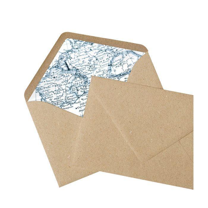 Kraftpapierbriefumschlag mit bedrucktem Innenfutter mit Weltkarten Motiv