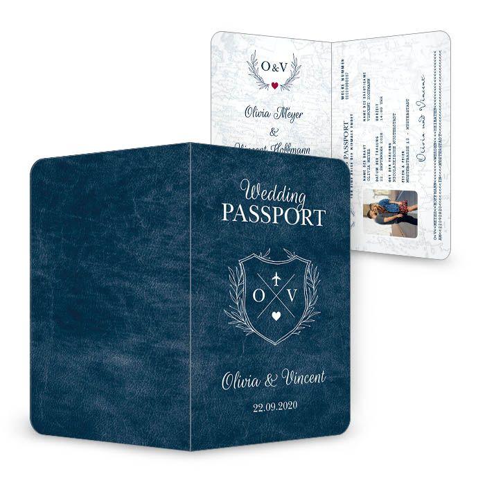 Einladung zur Hochzeit als Einsteckkarte im Reisepass Design aus der Serie Olivia und Vincent von carinokarten