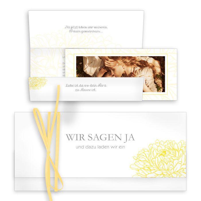 Romantische Hochzeitseinladung mit zarten Blüten in Gelb - carinokarten