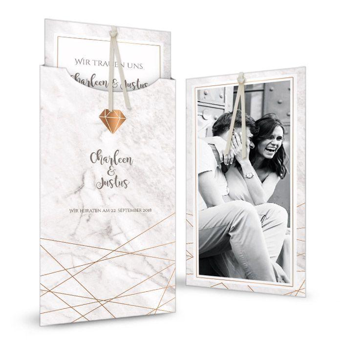 Moderne Einladung zur Hochzeit in Marmor Optik mit geometrischem Design und Diamant - carinokarten