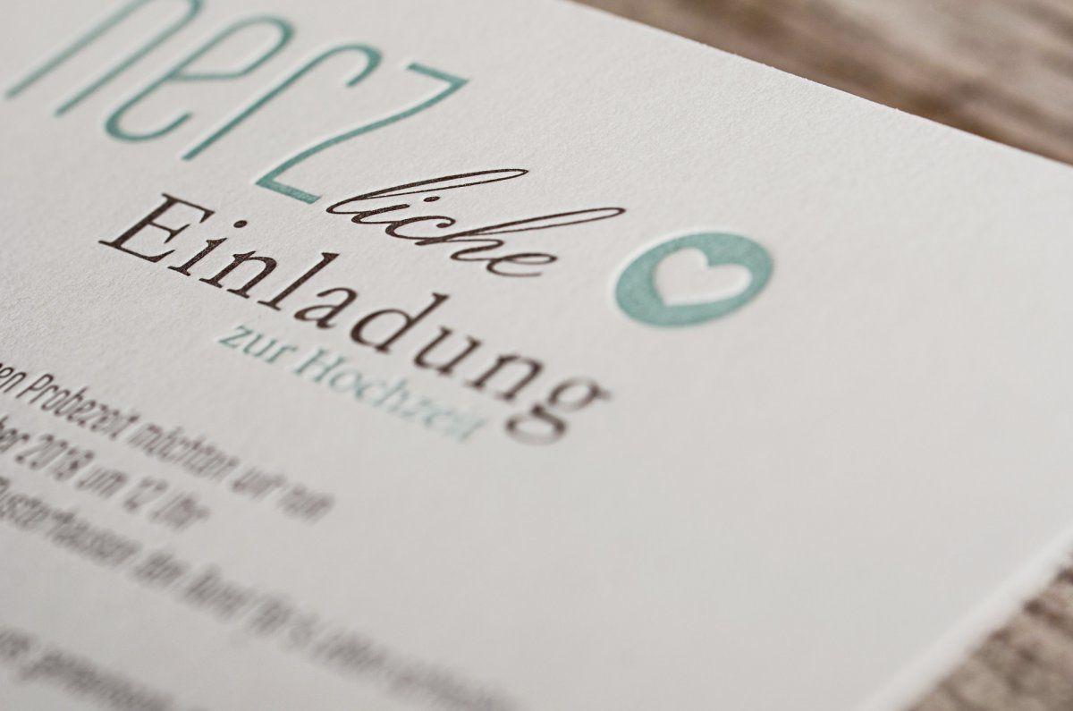Moderne hochzeitspapeterie in minzcreme mit herz carinokarten - Hochzeitseinladung text modern ...